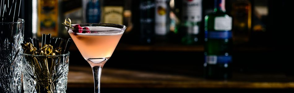 Comforting Cocktails To Warm You Up This Winter